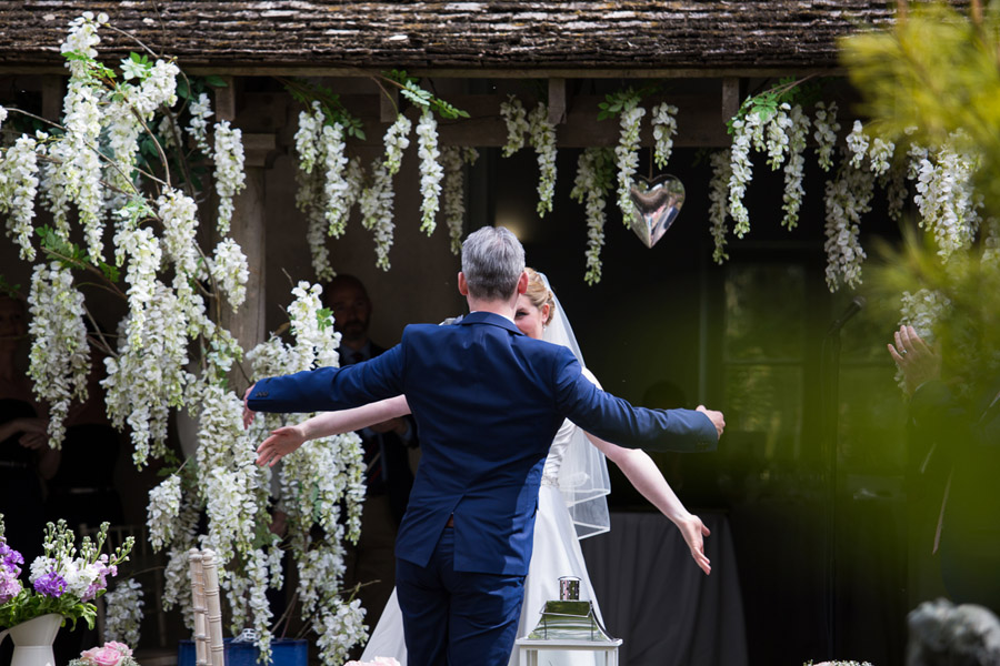 Creative and fun Cotswolds wedding blog with Martin Dabek Photography (12)