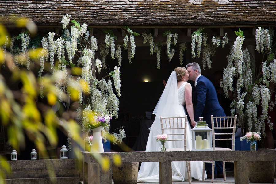 Creative and fun Cotswolds wedding blog with Martin Dabek Photography (16)