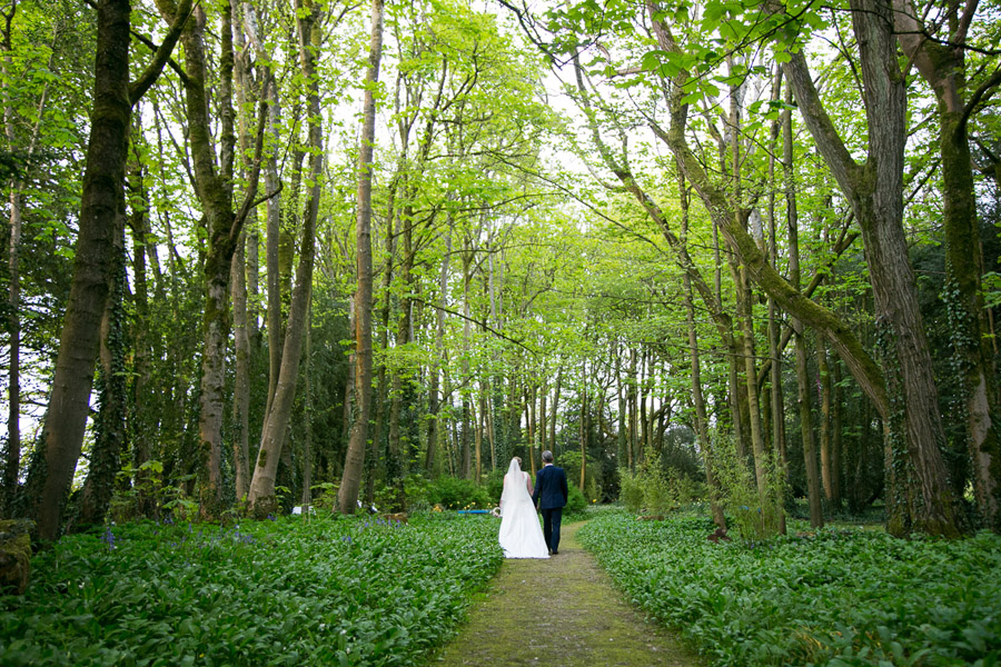 Creative and fun Cotswolds wedding blog with Martin Dabek Photography (30)
