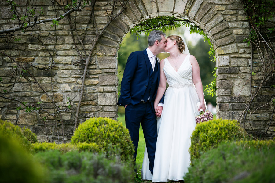 Creative and fun Cotswolds wedding blog with Martin Dabek Photography (31)
