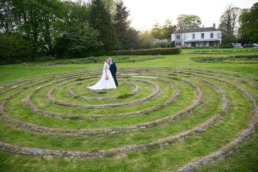 Creative and fun Cotswolds wedding blog with Martin Dabek Photography (33)