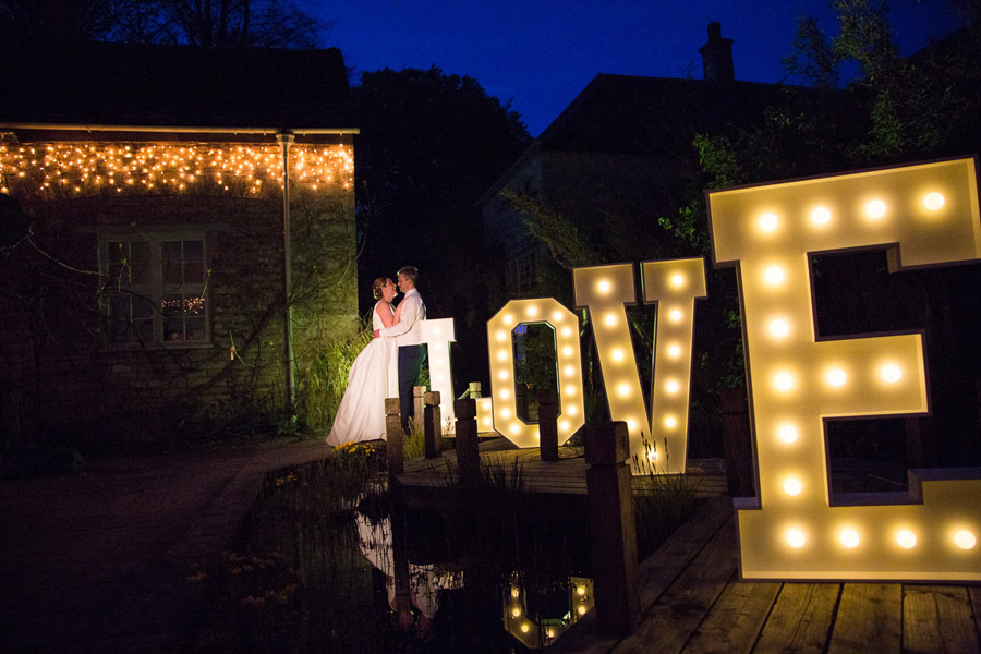 Creative and fun Cotswolds wedding blog with Martin Dabek Photography (41)