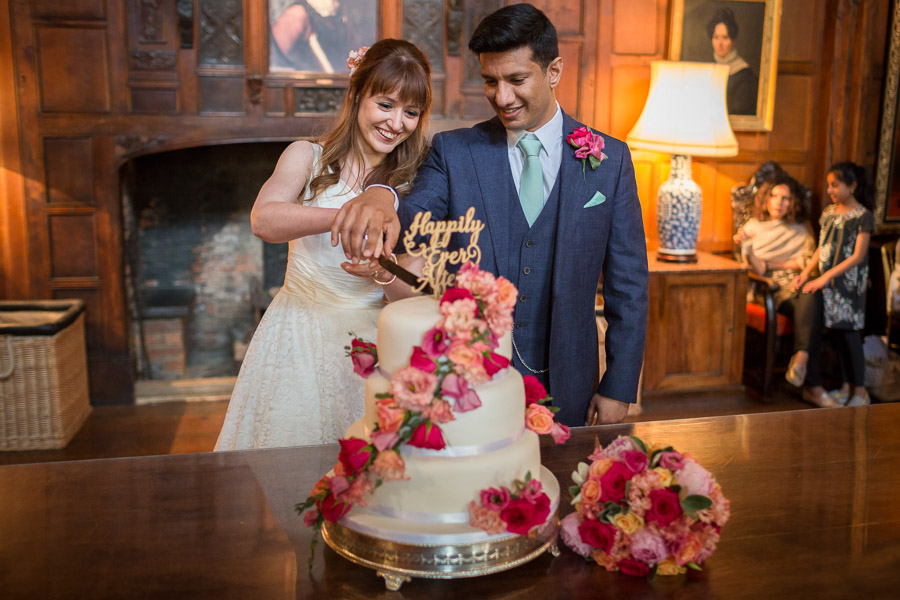 Beautiful Buckinghamshire wedding with photos by S2 Photography (33)