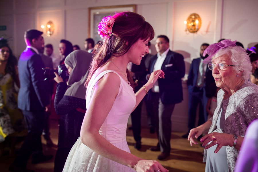 Beautiful Buckinghamshire wedding with photos by S2 Photography (38)