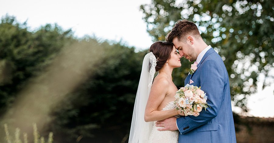 Vicky and Charlie's laid back Lillibrooke Manor wedding on the English Wedding Blog, photos by Sarah Ann Wright (28)