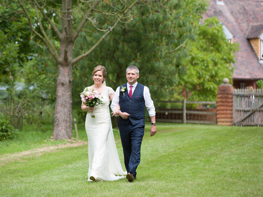 Outdoor wedding in Worcestershire, Bodenham Arboretum - Clive Blair Photography on the English Wedding Blog (9)