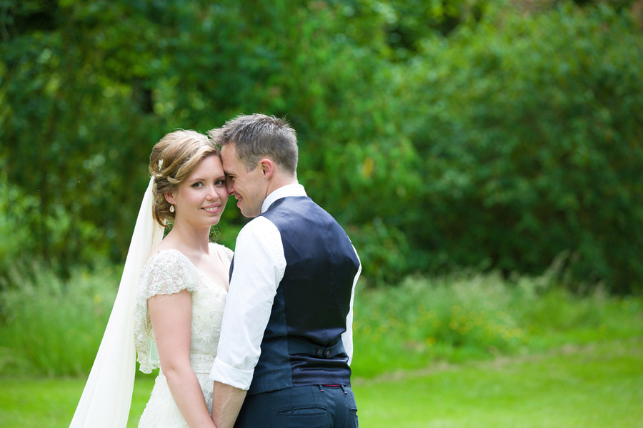 Outdoor wedding in Worcestershire, Bodenham Arboretum - Clive Blair Photography on the English Wedding Blog (16)