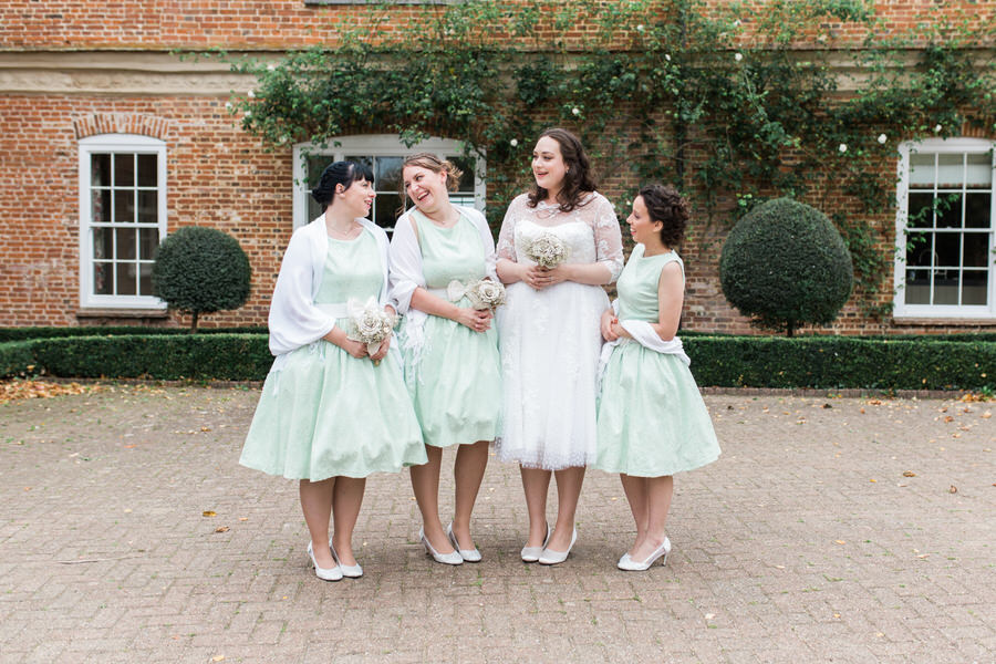 Vintage wedding ideas at The Great Lodge Essex with Gemma Giorgio Photography (22)