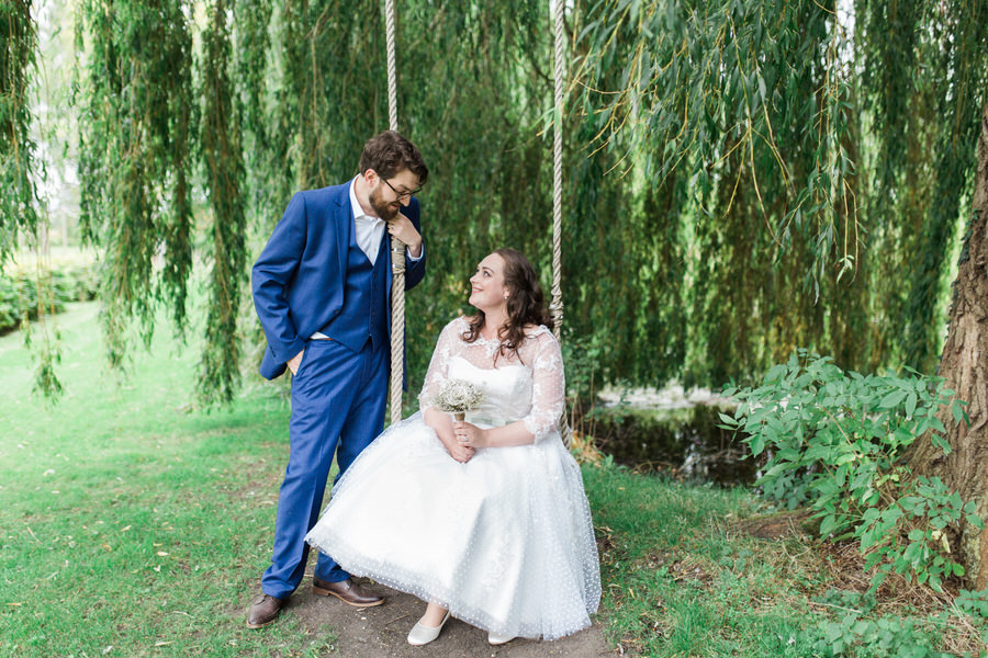 Vintage wedding ideas at The Great Lodge Essex with Gemma Giorgio Photography (28)