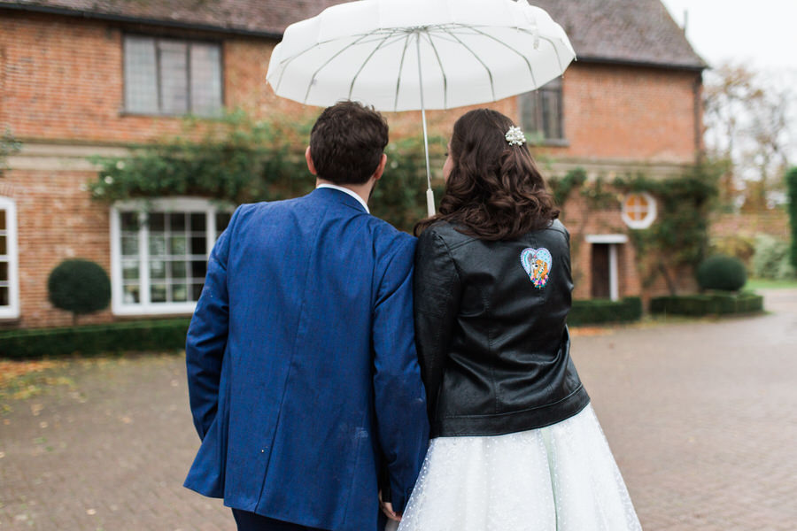 Vintage wedding ideas at The Great Lodge Essex with Gemma Giorgio Photography (35)