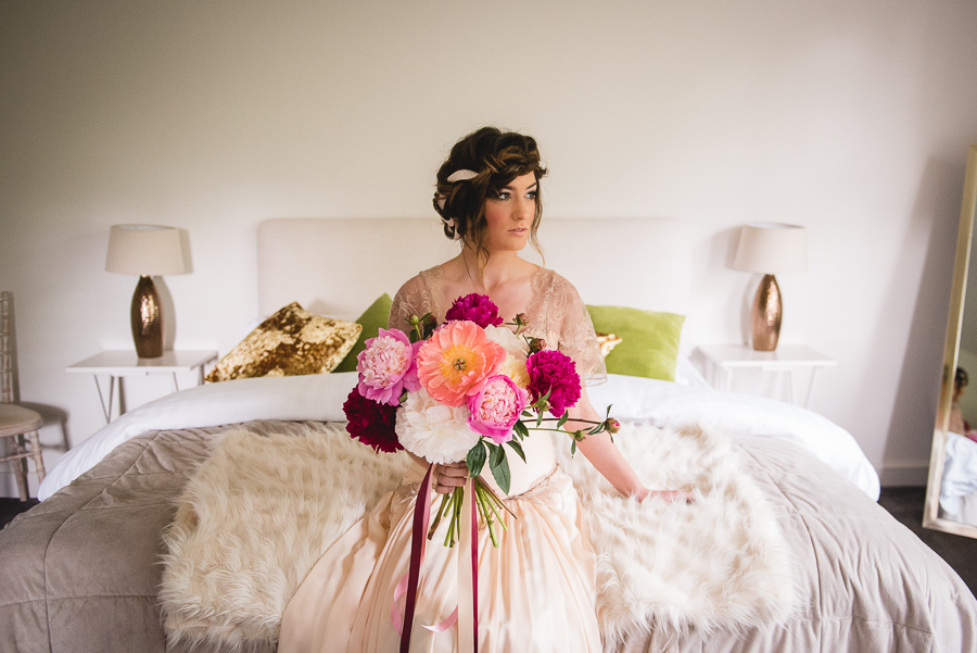 Peony wedding inspiration on the English Wedding Blog, images by Heline Bekker (12)