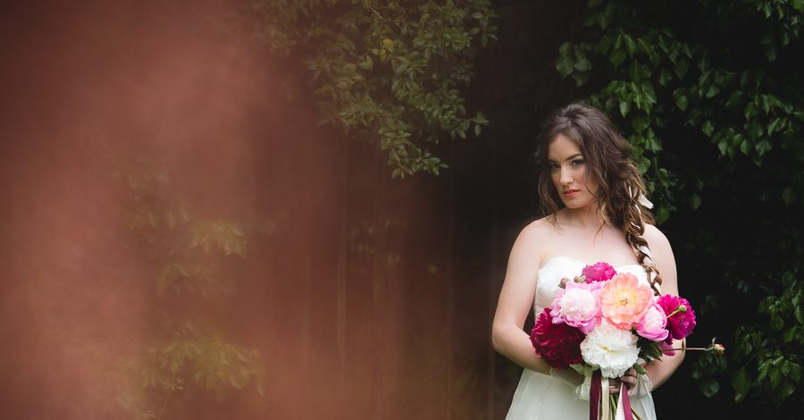 Peony wedding inspiration on the English Wedding Blog, images by Heline Bekker (25)