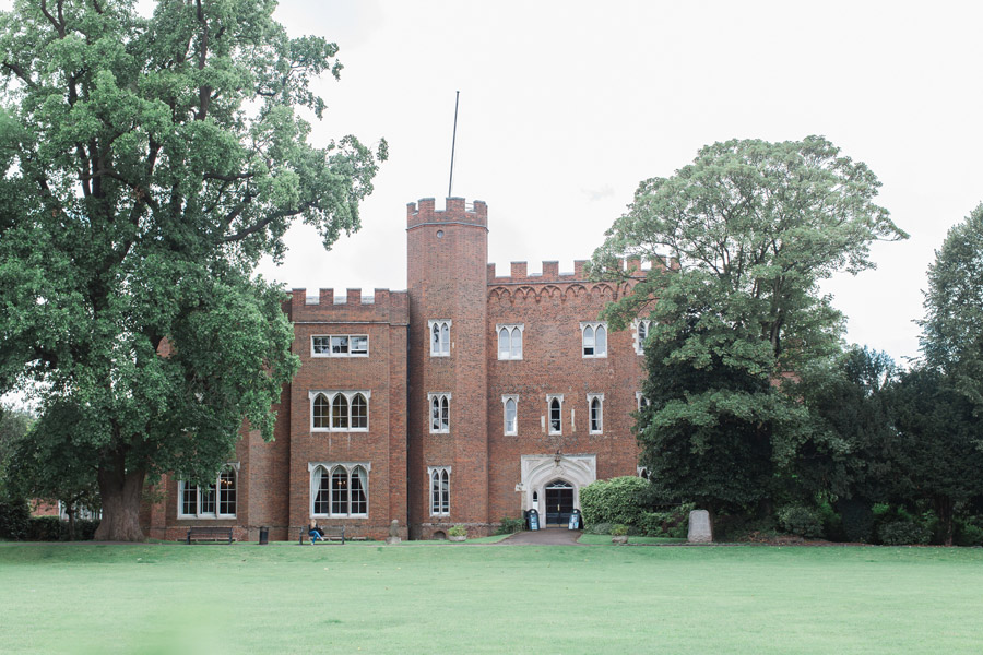 Hertford Castle intimate and alternative English wedding, photo credit Siobhan H Photography (2)
