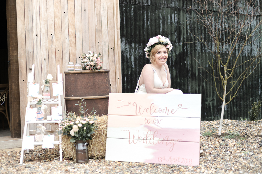 Blush, peach and gold wedding inspiration with Steph Yeo Photography on the English Wedding Blog (24)