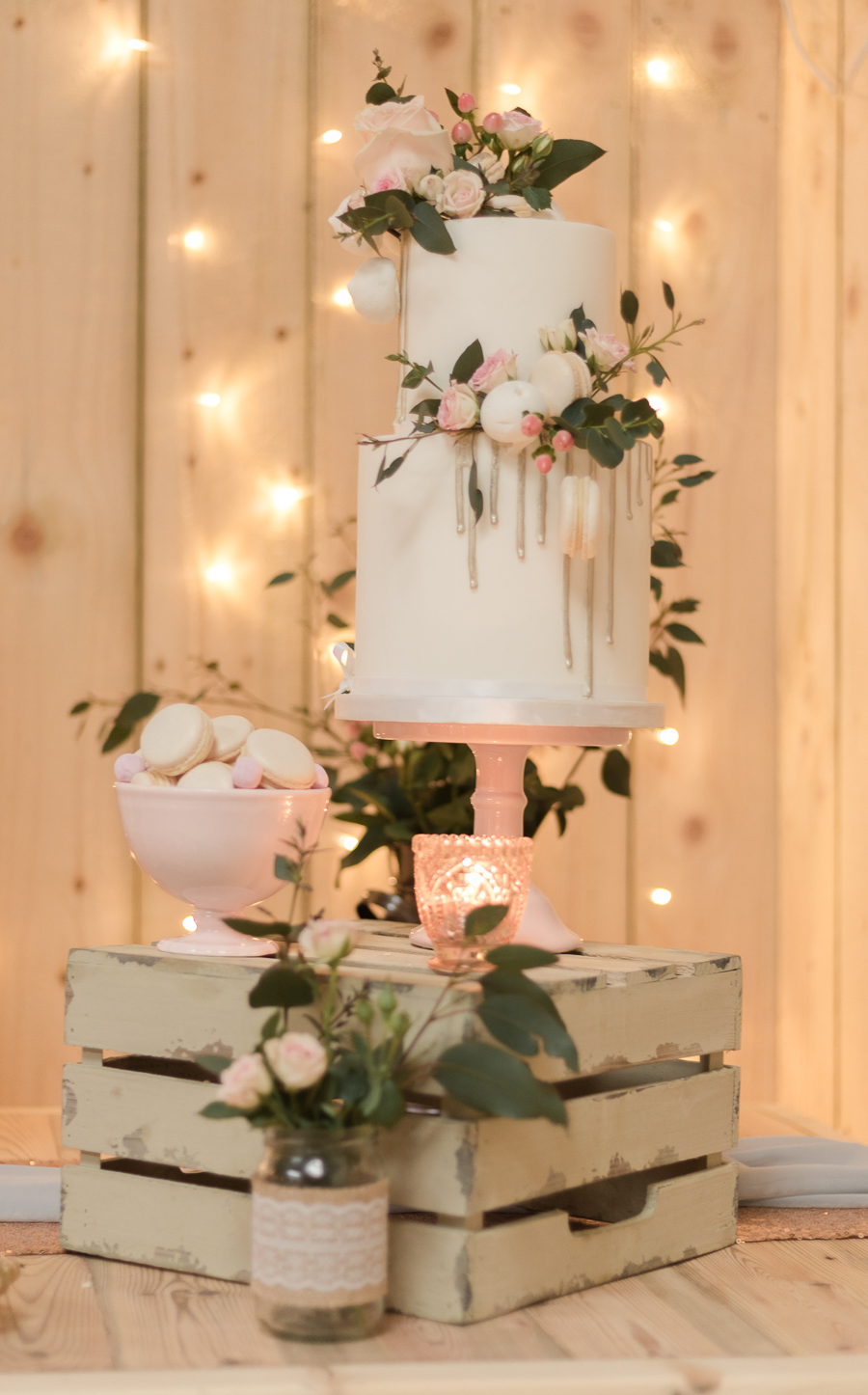 Blush, peach and gold wedding inspiration with Steph Yeo Photography on the English Wedding Blog (8)