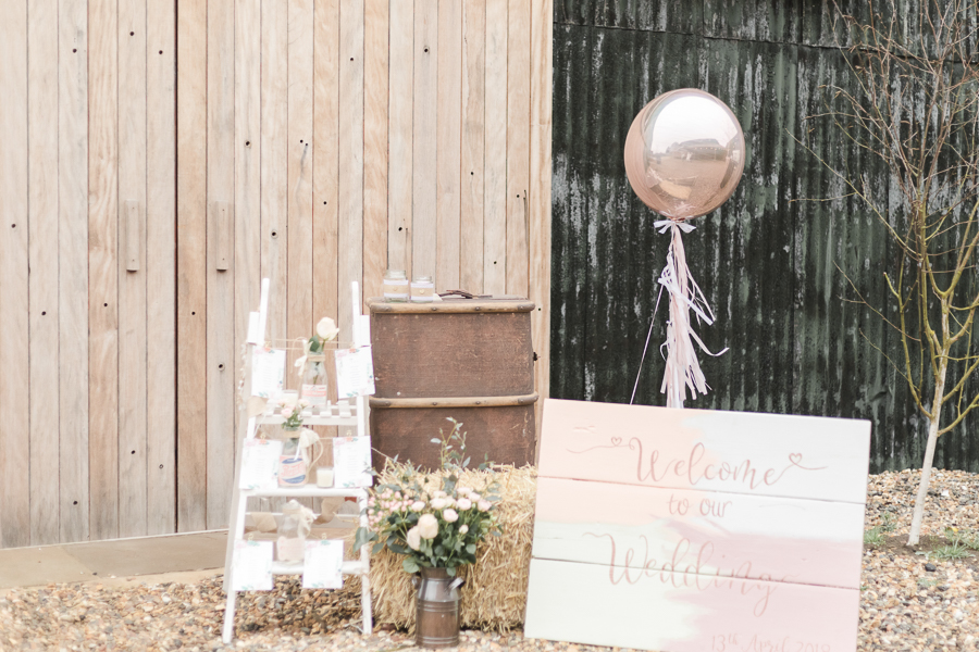 Blush, peach and gold wedding inspiration with Steph Yeo Photography on the English Wedding Blog (18)