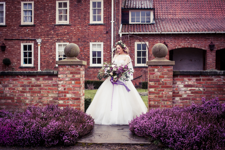 Purple wedding ideas for 2019 with Photography by Kathryn (17)