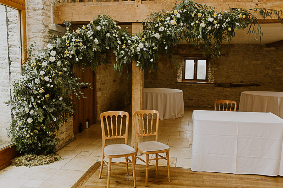 Rainy English barn wedding with Christy Blanch Photography (7)