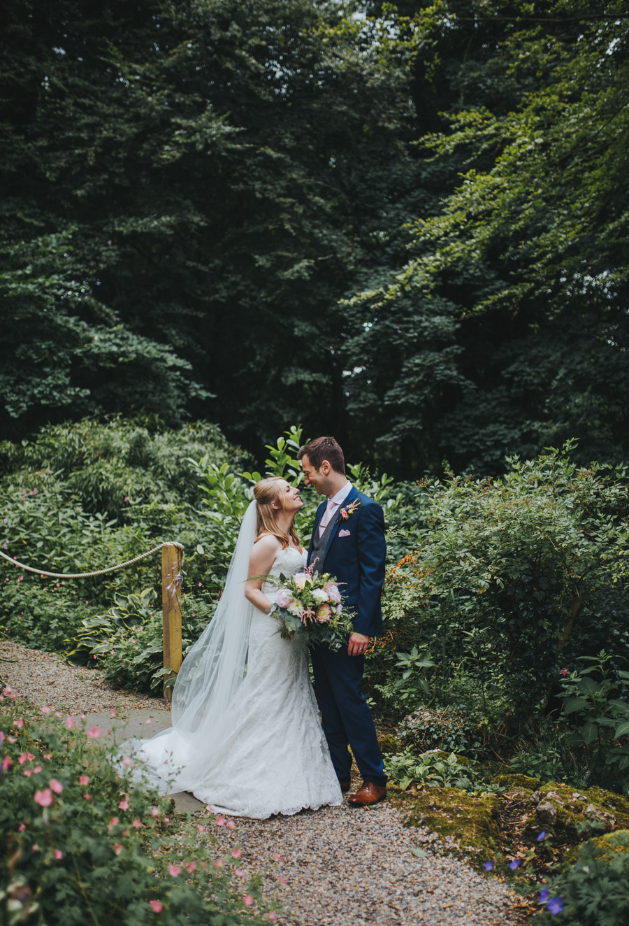 Beautiful real wedding at Mitton Hall with Rachel Joyce Photography Lancashire (25)