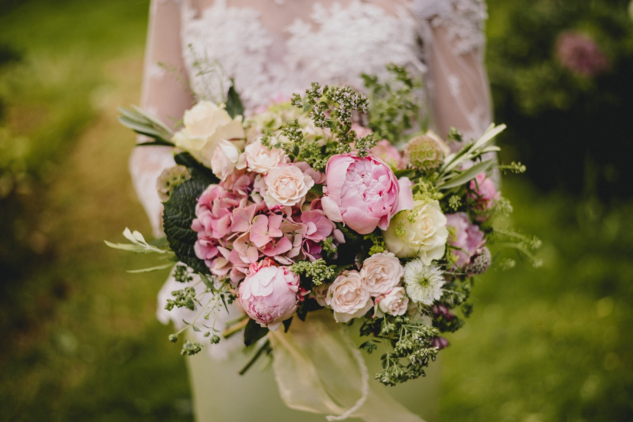 Heirloom wedding inspiration with Emily Andrews Events at Thurning Hall. Photo credit Benjamin Mathers Photography (11)