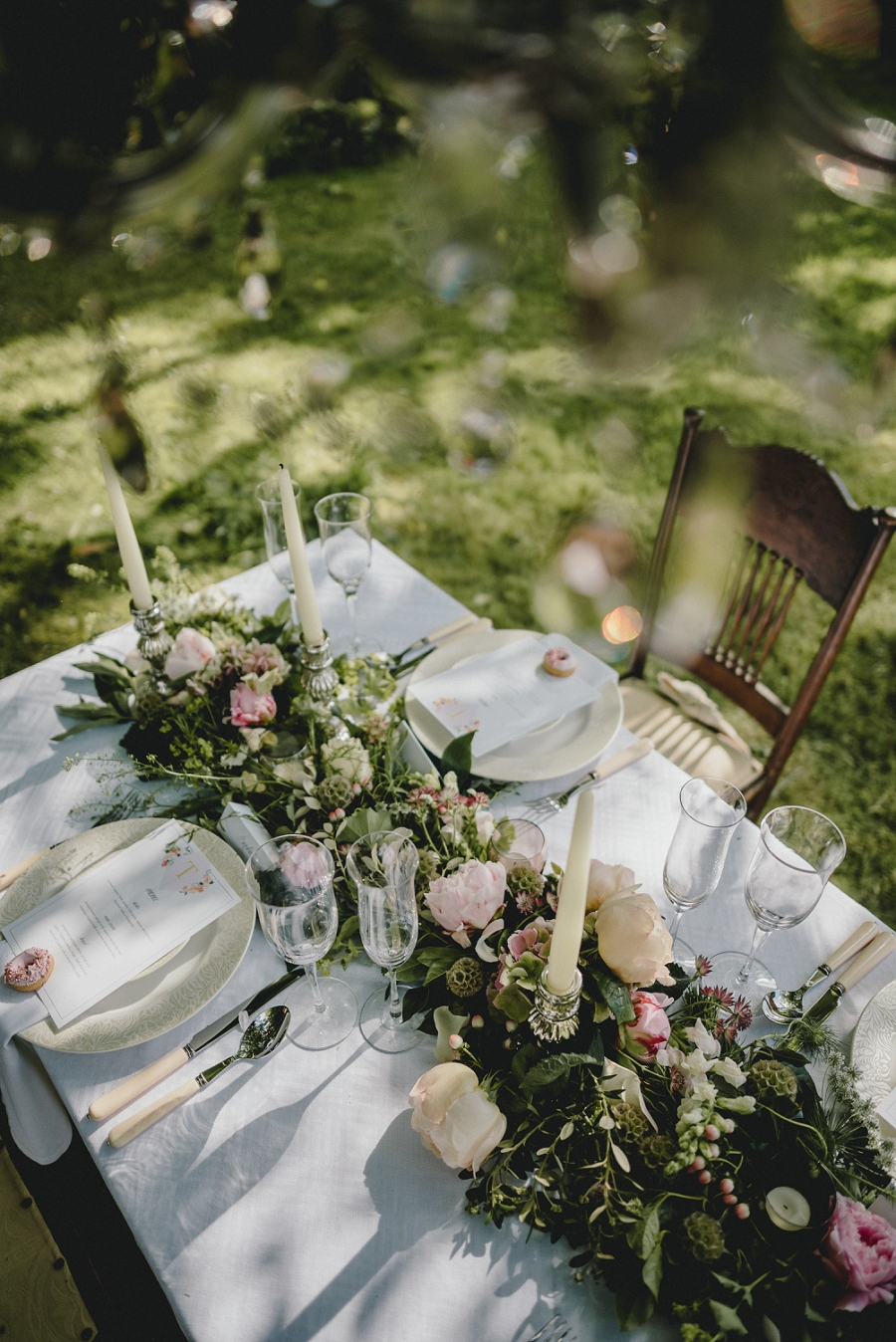 Heirloom wedding inspiration with Emily Andrews Events at Thurning Hall. Photo credit Benjamin Mathers Photography (21)