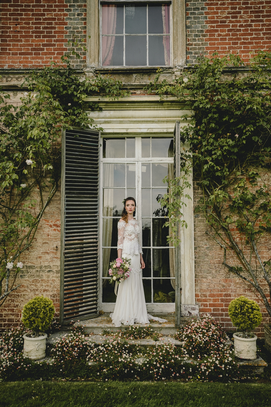 Heirloom wedding inspiration with Emily Andrews Events at Thurning Hall. Photo credit Benjamin Mathers Photography (31)