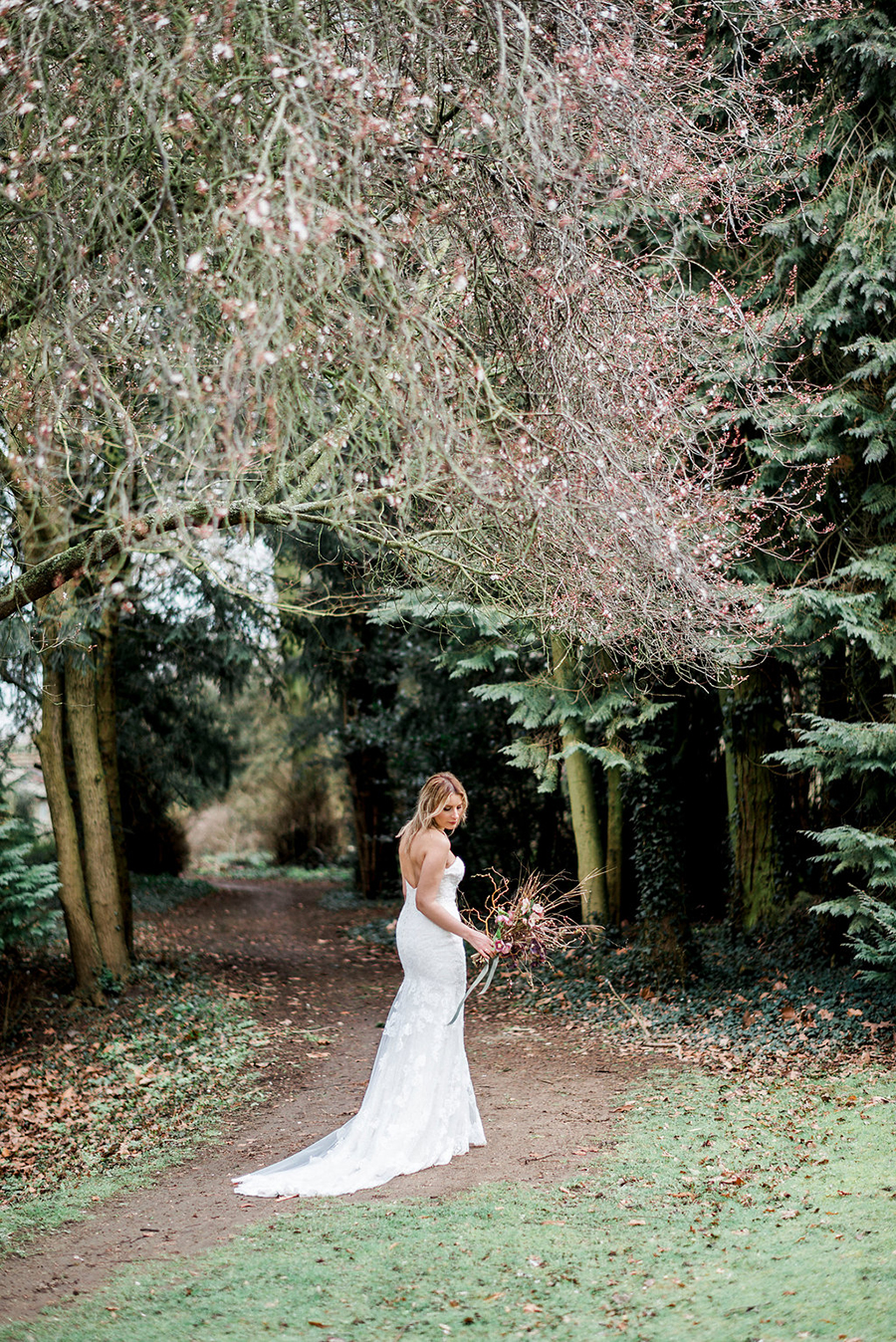 Fine art bridal portraits by Kathryn Hopkins Photography on the English Wedding Blog (31)