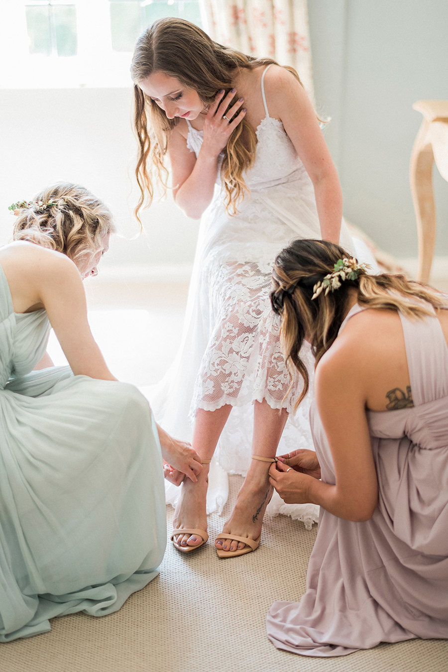 Dreamy boho wedding at Houchins Farm with images by Kathryn Hopkins Photography (3)