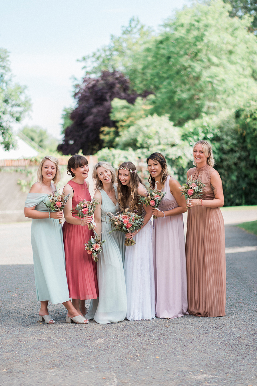 Dreamy boho wedding at Houchins Farm with images by Kathryn Hopkins Photography (27)