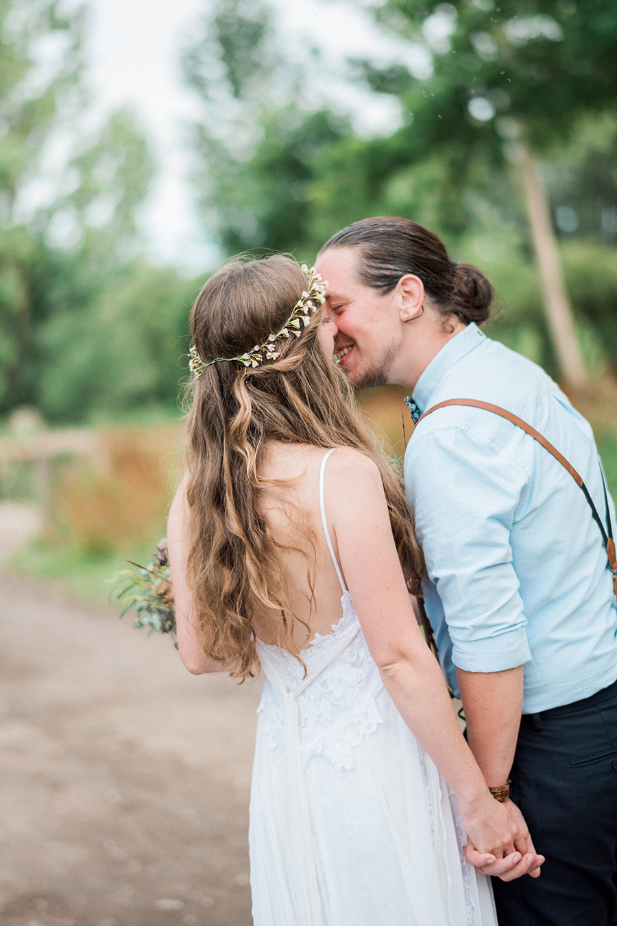 Dreamy boho wedding at Houchins Farm with images by Kathryn Hopkins Photography (30)