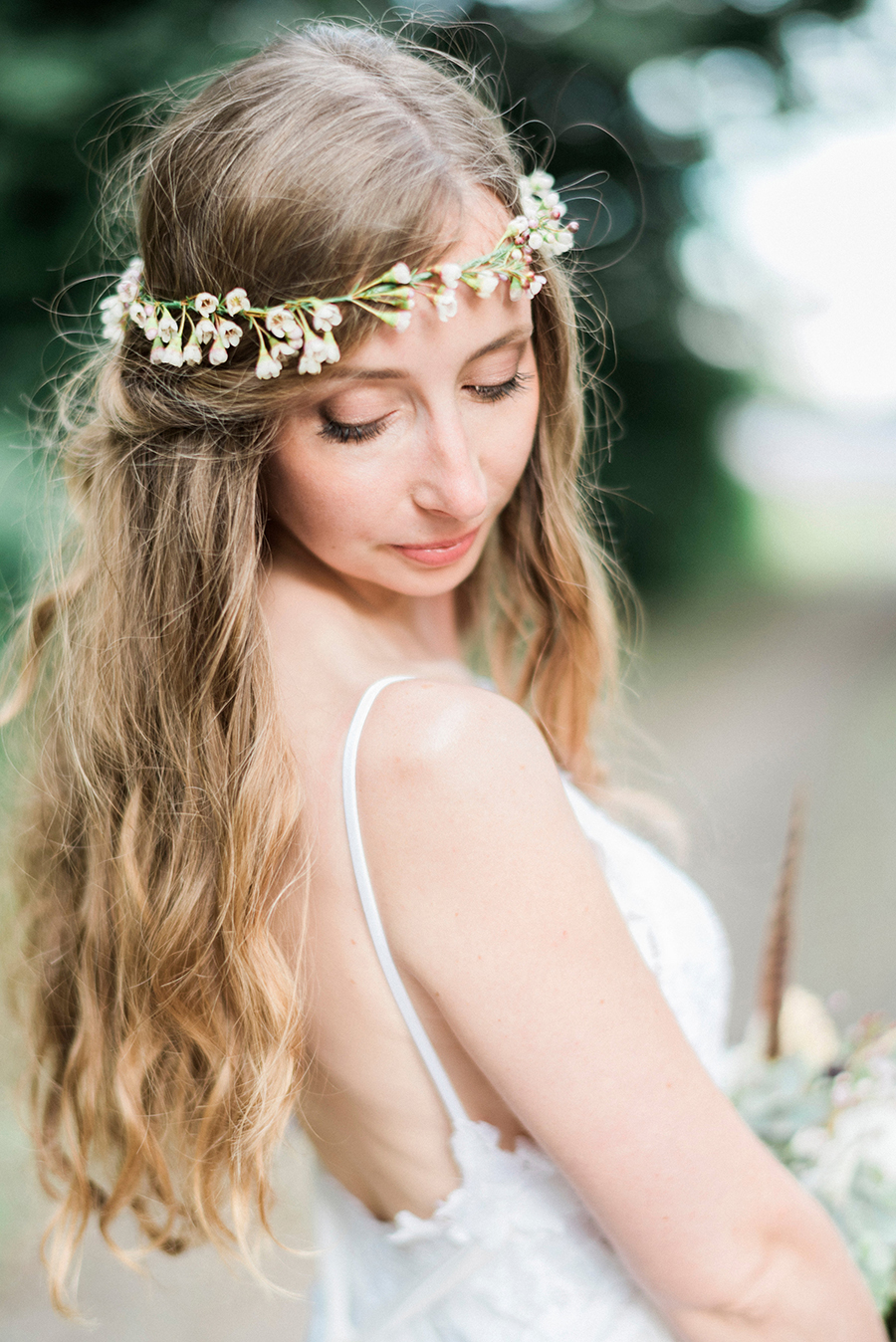 Dreamy boho wedding at Houchins Farm with images by Kathryn Hopkins Photography (35)