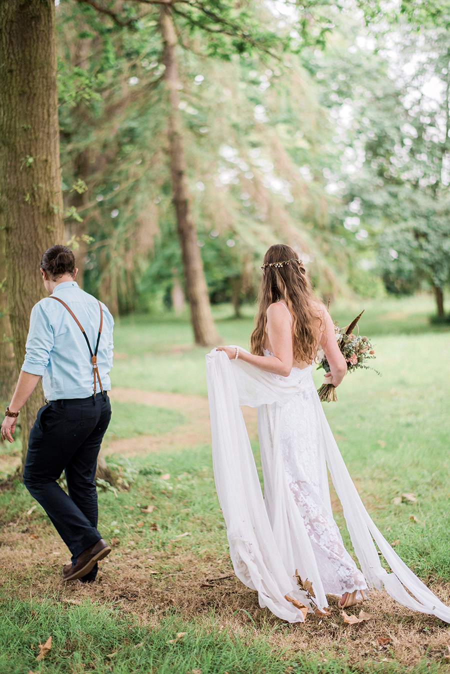 Dreamy boho wedding at Houchins Farm with images by Kathryn Hopkins Photography (40)