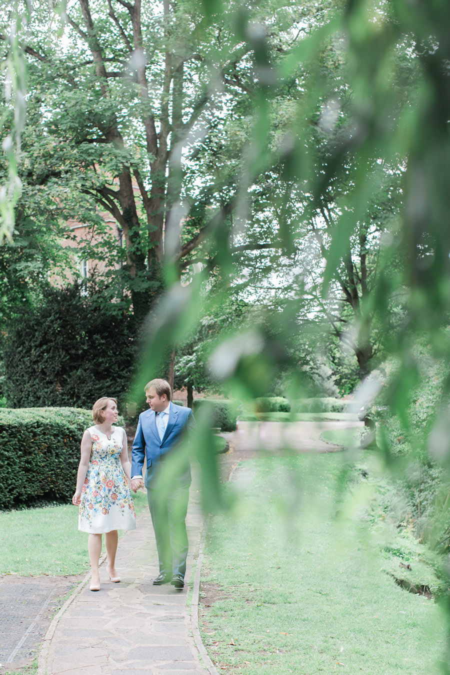 Hertford Castle intimate and alternative English wedding, photo credit Siobhan H Photography (15)