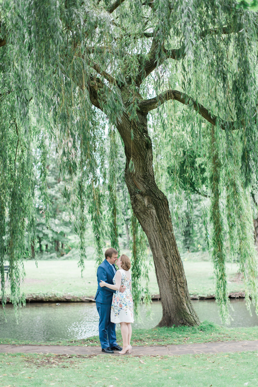 Hertford Castle intimate and alternative English wedding, photo credit Siobhan H Photography (21)