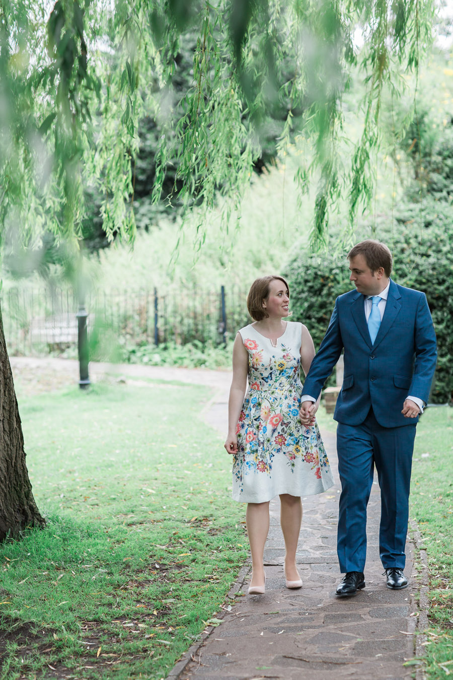 Hertford Castle intimate and alternative English wedding, photo credit Siobhan H Photography (24)