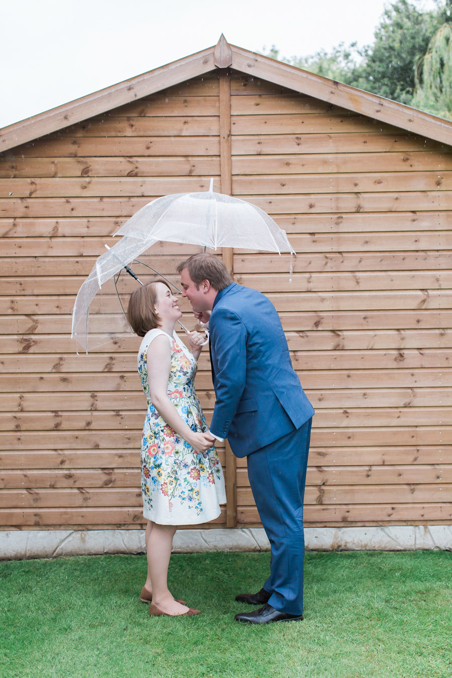 Hertford Castle intimate and alternative English wedding, photo credit Siobhan H Photography (50)