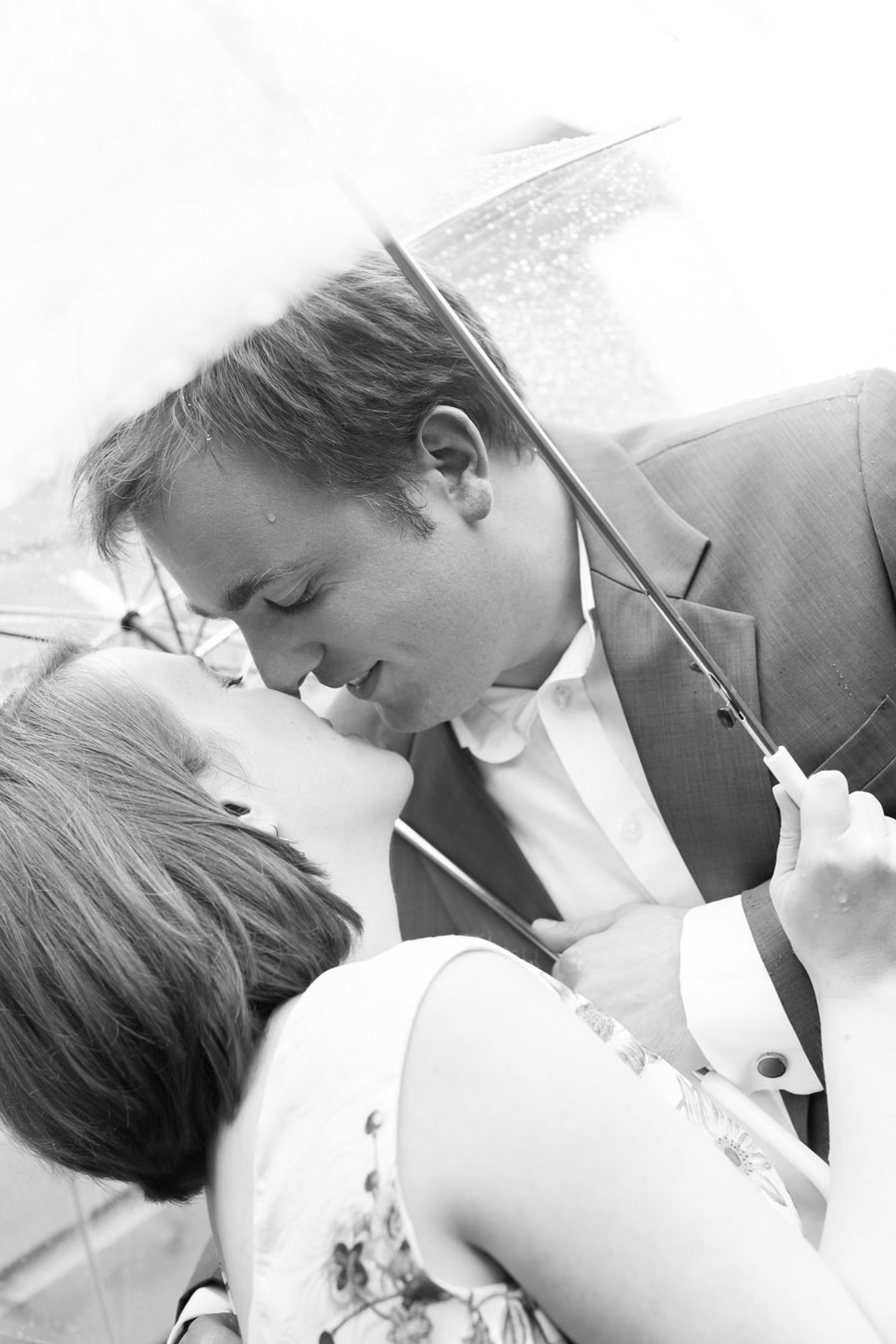 Hertford Castle intimate and alternative English wedding, photo credit Siobhan H Photography (51)