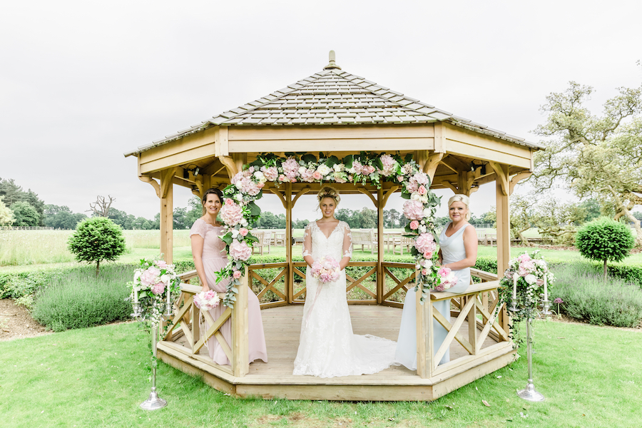 Wedding editorial from Wivenhoe House, image credit Ayshea Goldberg Photography (21)