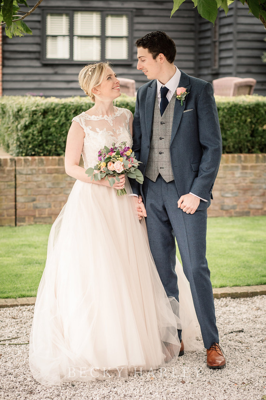 Barn wedding styling at Coltsfood Country Retreat - images by Becky Harley Photography Hertfordshire (31)