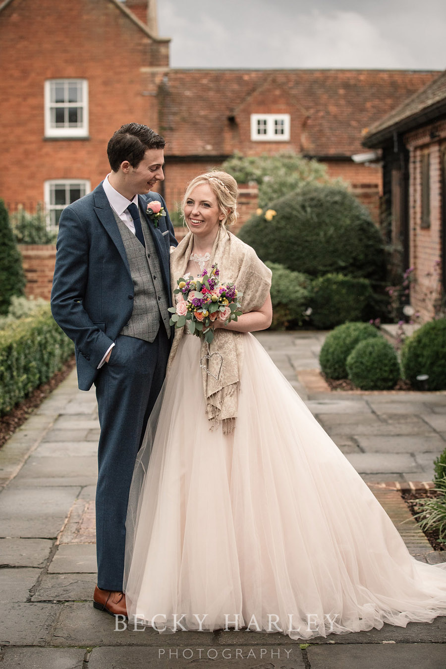 Barn wedding styling at Coltsfood Country Retreat - images by Becky Harley Photography Hertfordshire (38)