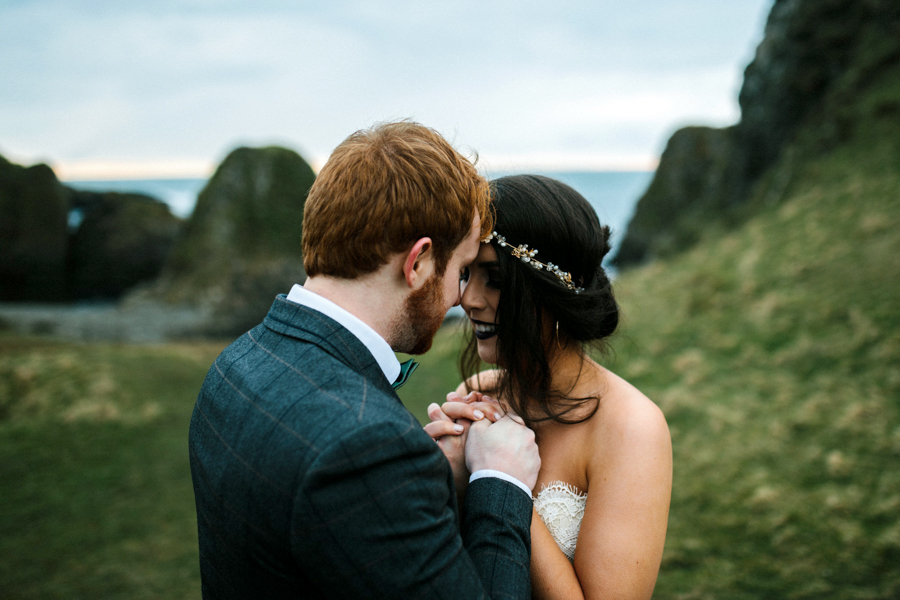 Dunluce Castle elopement Northern Ireland Antrim, images by Luke Flint Media on the English Wedding Blog (12)