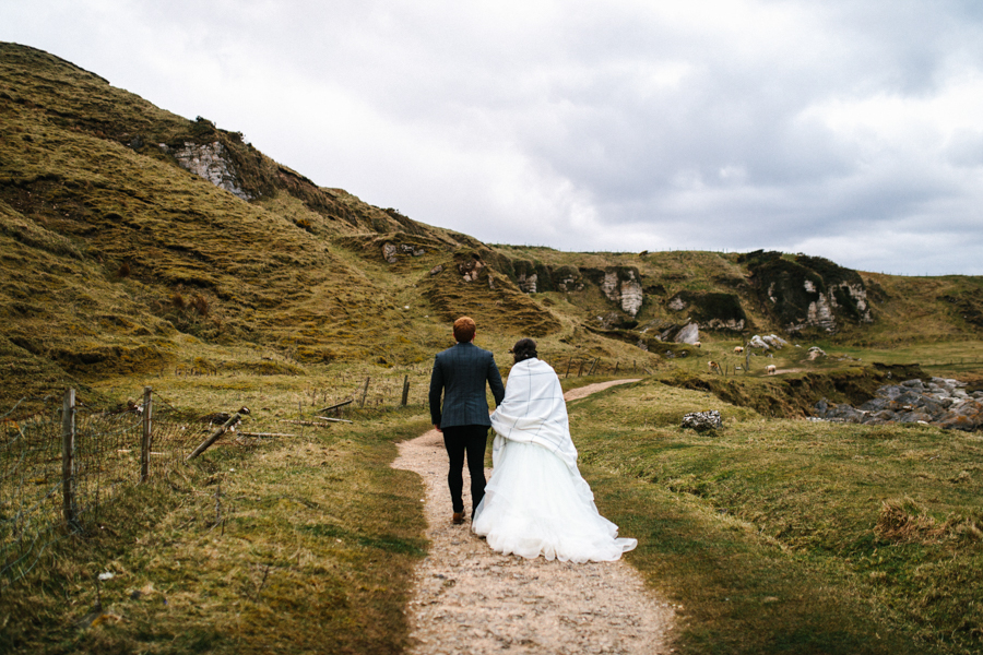 Dunluce Castle elopement Northern Ireland Antrim, images by Luke Flint Media on the English Wedding Blog (32)