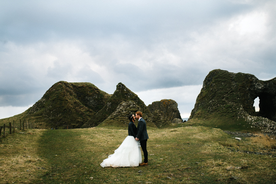 Dunluce Castle elopement Northern Ireland Antrim, images by Luke Flint Media on the English Wedding Blog (33)