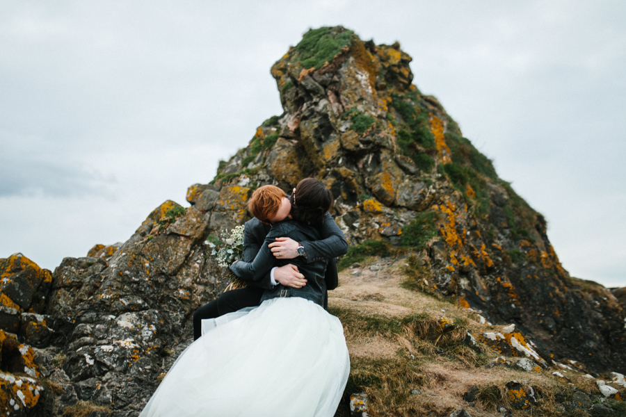 Dunluce Castle elopement Northern Ireland Antrim, images by Luke Flint Media on the English Wedding Blog (42)