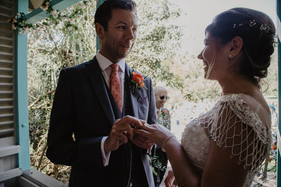 Holly Cade is a Ventnor Botanic Gardens wedding photographer (12)