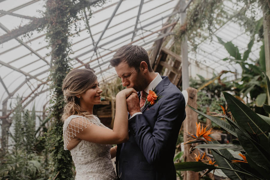Holly Cade is a Ventnor Botanic Gardens wedding photographer (21)