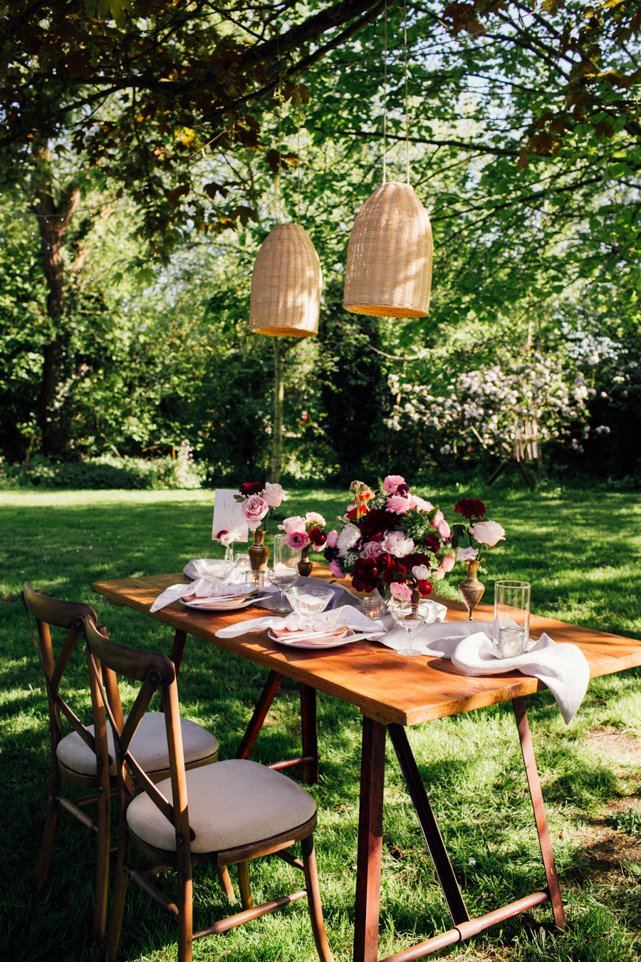 Escheat Farm wedding style inspiration, image by Emily Little (21)