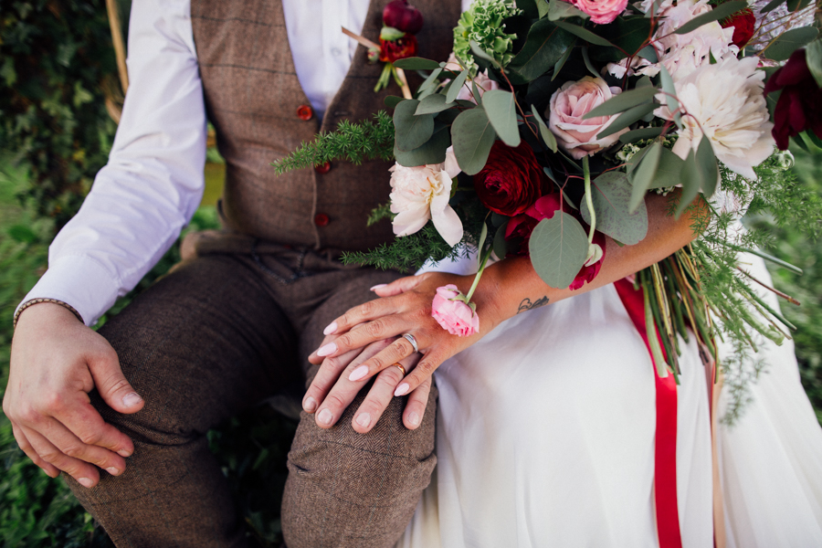 Escheat Farm wedding style inspiration, image by Emily Little (28)