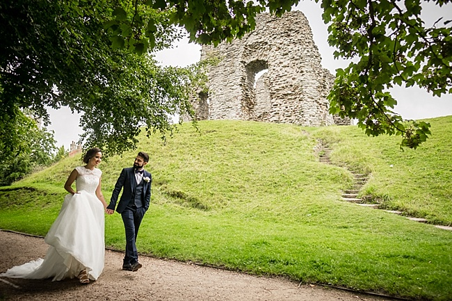Documentary wedding photographers in Dorset, Linus Moran Photography, Kings Arms Boutique Hotel (50)