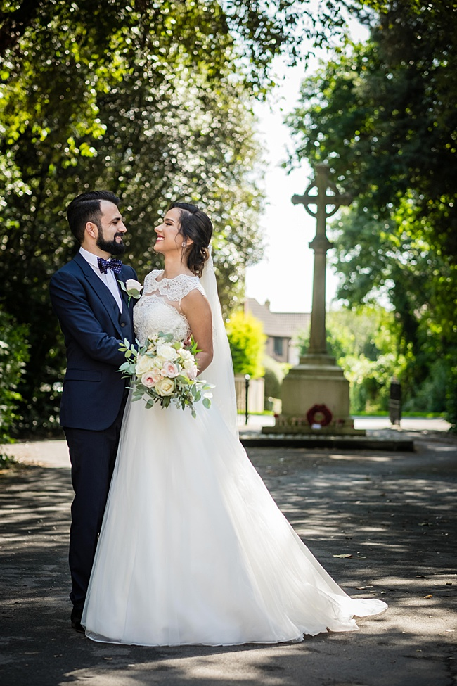 Documentary wedding photographers in Dorset, Linus Moran Photography, Kings Arms Boutique Hotel (28)